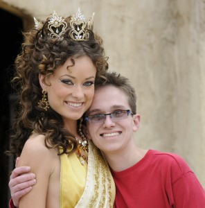 Jeff Hanson & Olivia Wilde Crop