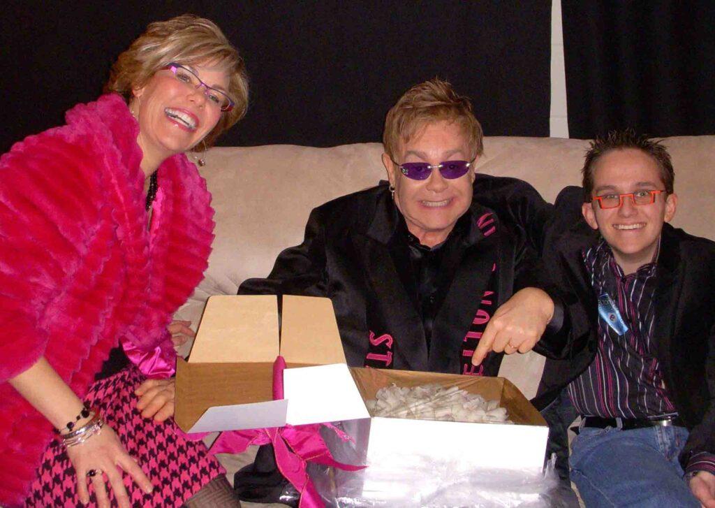 Elton Backstage